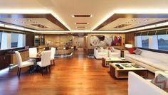 Upper deck saloon M/Y Prima 2011
