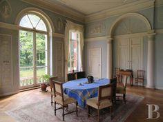 A cinq minutes de Tournai, château 1795-1805
