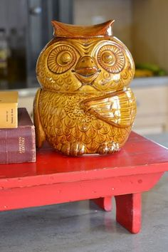 I have this vintage owl cookie jar...I inherited him from my Grandma Reva.