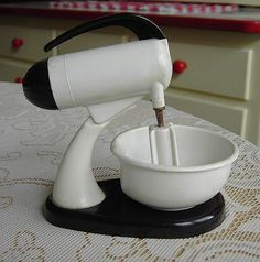 Vintage Mixer Salt and Pepper