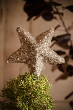 DIY star. My solution comes from Sweet Paul this year.