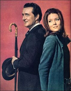 """Patrick Macnee as Steed and Diana Rigg as Emma Peel from TV show, """"The Avengers"""". The classiest of the British Avengers. Emma Peel, Patrick Macnee, Tv Vintage, Dame Diana Rigg, Mejores Series Tv, Game Of Thrones, Tv Show Casting, Cinema Tv, The Avengers"""