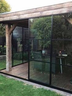 Glazen schuifwand Lido – Impressie Backyard Studio, Garden Studio, Backyard Patio, Outdoor Rooms, Outdoor Living, Outdoor Patios, Contemporary Garden Rooms, Screened Porch Designs, Conservatory Garden