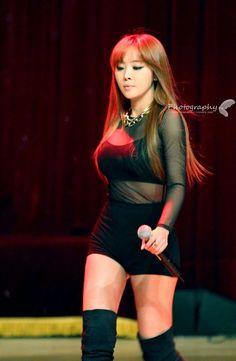 Narsha Brown Eyed Girls, Female Stars, Brown Eyes, Pop Group, Kpop Girls, Dancer, Wonder Woman, Celebs, Asian