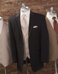Black and Champagne Tux for the Groomsmen with pink peonies boutonniere