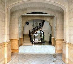 Casa Pilar de Bassols. Architect: Gabriel Borrell i Cardona. Barcelona - Diagonal