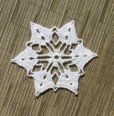 Southern Snowflake pattern by Susan Iacuone
