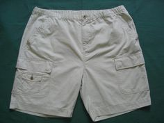 TOMMY BAHAMA Sz XXL Relax Lt Beige Cargo Shorts EXC Cond