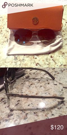 Tory Burch Polarized Aviator Sunglasses Barely ever worn, and in like new condition. Great classic style that looks good on any face shape!! Tory Burch Accessories Sunglasses