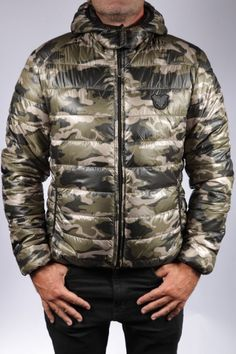 DOUDOUNE EN TISSU REDSKINS HOMME BLACK   CAMOUFLAGE 100% polyester. nike · jacket  cuir ... 2bd28fa836f4