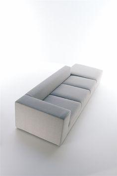 Viccarbe Berry sofa _