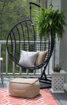 Modern Outdoor Hanging Chair | Homeologymocernvintage.com