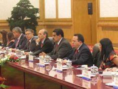Durante el acto de clausura, el viceprimer ministro chino, Wang Yang, mencionó que su país está dispuesto a apoyar los programas de cooperación para el desarrollo mutuo