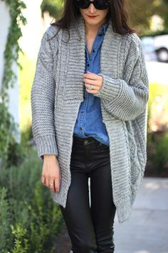 Over sized gray sweater + chambray + black denim