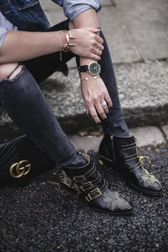 Likes, 70 Comments - Emma Hill Denim Jacket Black Jeans, Black Ripped Jeans, Susanna Boots, Fashion Runway Show, London Girls, Rock Outfits, Casual Outfits, Studded Boots, Gucci