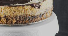 Dragi svi ova torta je genijalna! Radila sam je čak tri puta u mjesec dana ako to nije dokaz da je vrhunska onda ne znam što je. Origina... Sweet Recipes, Cake Recipes, Dessert Recipes, Bread Recipes, Desserts, Torte Recepti, Kolaci I Torte, Cake And Cupcake Stand, Cupcake Cakes