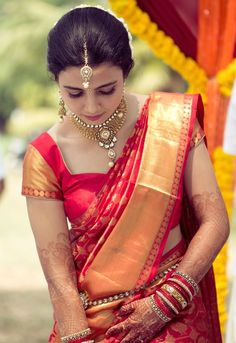 Dry skin can be tricky to manage and as a bride, you need to make sure that your skin looks fresh, dewy and plump. It is the most special . South Indian Wedding Saree, Indian Bridal Wear, South Indian Bride, South Indian Sarees, Wedding Saree Blouse, Bridal Silk Saree, Wedding Sarees, Bridal Dupatta, Wedding Dresses