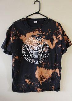 511a09b1ee4 Splatter Bleached and Shredded The Conspirators T Shirt Medium