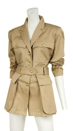 Vintage YSL Safari Jacket: How about creating two silhouettes- one Trench and another Safari? Bohemian Fall Outfits, Safari Vest, Blouses For Women, Jackets For Women, Safari Outfits, Vintage Safari, Best Wear, Boho Fashion, How To Wear