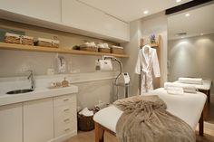 Healthy people 2020 goals for the elderly home jobs nyc Clinic Interior Design, Spa Interior, Clinic Design, Esthetics Room, Small Spa, Spa Rooms, Elderly Home, Home Salon, Spa Design