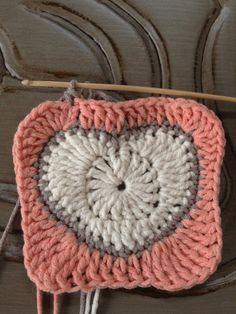 Annoo's Crochet World: Valentine Heart Granny Square Free Pattern Met duidelijke uitleg-foto's