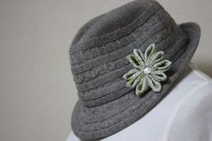 Green Chirimen Flower Hair Clip / Brooch Pin by RummyHandmade, $10.00
