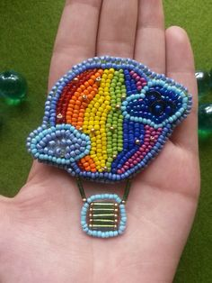 Beaded Brooch, Bead Art, Beaded Embroidery, Brooches, Beaded Bracelets, Beads, Jewelry, Sequins, Jewels