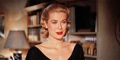 How to Master Grace Kelly's Timeless Elegance