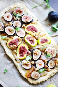 Roasted Fig & Caramelized Onion Pizza - Gluten, Grain, and Dairy-Free | Lexi's Clean Kitchen
