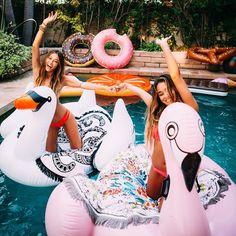 Happiness is a day at the pool!    #vagabondbeach #endlesssummer #poolparty #roundtowel #getlosttobefound by vagabondbeach