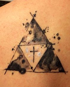 """legend of Zelda triforce, trinity.... like this with without the artsy """"bubble"""" coloring"""