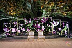 Engagement Decorations, Outdoor Wedding Decorations, Flower Decorations, Indian Wedding Theme, Indian Weddings, Diwali Decorations At Home, Indian Flowers, Wedding Mandap, Entrance Decor