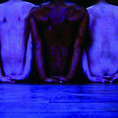 #Hoje! TENHO FLORES NO PÉ | Leituras de Movimento | 15/11 | 20h | Sesc Arsenal | Entrada Franca | Consulte a programação completa em: www.sescmatogrosso.com.br/programacao | #sescmt #Sesc #danca #arte #cultura