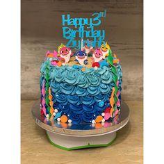 "77 ""Baby Shark"" Cake Ideas to Steal For Your Child's Next Birthday Party Shark Birthday Cakes, Boys First Birthday Cake, Boy Birthday Parties, Baby Birthday, Geek Birthday, Birthday Ideas, Shark Cake, Girl Cakes, Baby Shark"