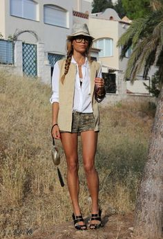 Zara Hats, Pull & Bear Shirt / Blouses and Bershka Shorts