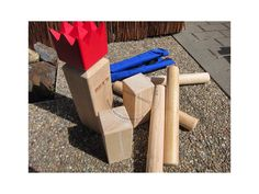 kubb, original, červený král, venkovní hra, švédská hra, zahradní hra kubb