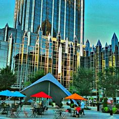 Grab a bite to eat while taking in the sites of sounds of downtown Pittsburgh's Market Square.