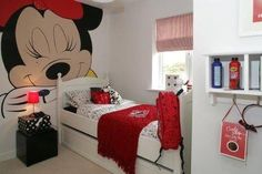 The Minnie Mouse Room - I like the decal on the wall
