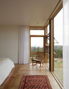 Photo 16 of 17 in Sunshine Canyon House by Renée del Gaudio Architecture - Dwell Interior Architecture, Interior And Exterior, Interior Design, House With Land, Sunshine Homes, Sweet Home, Rural House, A Frame Cabin, Colorado Homes