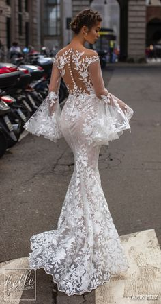 Tarik Ediz Wedding Dresses 2019 - The White Bridal Collection. Lace mermaid wedding dress with log bell sleeves See more gorgeous wedding dresses by clicking on the photo Asian Wedding Dress, Western Wedding Dresses, Lace Mermaid Wedding Dress, Gorgeous Wedding Dress, Best Wedding Dresses, Mermaid Dresses, Bridal Dresses, Wedding Gowns, Lace Dress