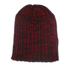Bonnet enfant noir et rouge à 5€ : http://www.bonnet-casquette.fr/fr/bonnet/201-bonnet-a-cote-noir-et-rouge.html