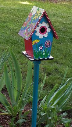 Wooden Bird Houses, Bird Houses Painted, Decorative Bird Houses, Bird Houses Diy, Birdhouse Craft, Birdhouse Designs, Birdhouse In Your Soul, Painted Driftwood, Bird House Feeder