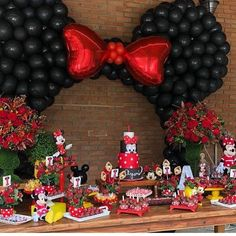 34 ideas for party invitations kids girls Minnie Y Mickey Mouse, Minnie Mouse Theme Party, Fiesta Mickey Mouse, Minnie Mouse Baby Shower, Mickey Mouse Clubhouse Birthday, Mickey Party, Mickey Mouse Birthday, Minnie Mouse Birthday Decorations, Party Invitations Kids