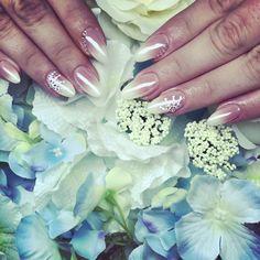 Chrome porral Chrome, Nails, Beauty, Finger Nails, Ongles, Beauty Illustration, Nail, Nail Manicure