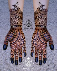 94 Easy Mehndi Designs For Your Gorgeous Henna Look Henna Art Designs, Mehndi Designs For Girls, Indian Mehndi Designs, Mehndi Designs 2018, Stylish Mehndi Designs, Wedding Mehndi Designs, Mehndi Design Pictures, Beautiful Mehndi Design, Mehndi Images