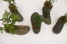 Resultado de imagem para estoque de sapatos desorganizado