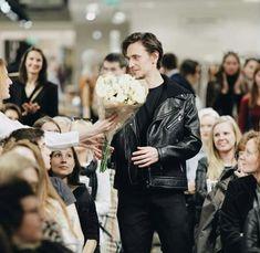 Sergei Polunin Dancer, Dance Awards, Music Theater, Royal Ballet, Beautiful Lines, Hello Gorgeous, Ballet Dancers, British Royals, Couple Photos
