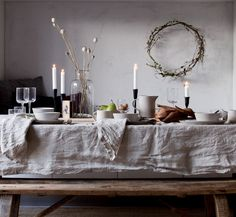 my scandinavian home: Christmas table: Win a natural linen tablecloth and napkins!