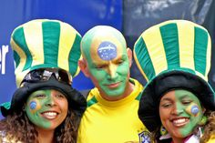 Half Face World Cup Brazilian flag tattoo for fans - Brasil flag -. Very Cute Photos World Cup 2014, Fifa World Cup, Portuguese Phrases, Brazilian Portuguese, Soccer Fans, Sports Wallpapers, Sports Brands, Cute Photos, Pretty Face