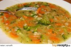 Veggies in ' Cream Sauce' Czech Recipes, Ethnic Recipes, Soup Recipes, Healthy Recipes, Gluten Free Chicken, Pot Pie, Cheeseburger Chowder, Thai Red Curry, Smoothie